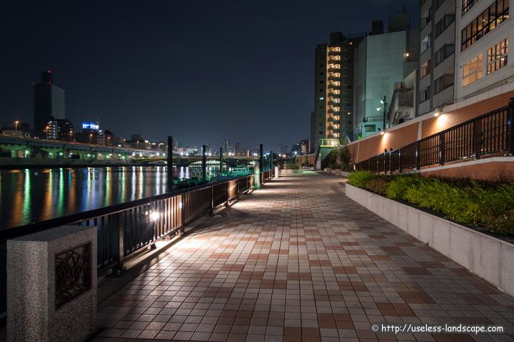 隅田川テラス 蔵前エリアの写真 ...